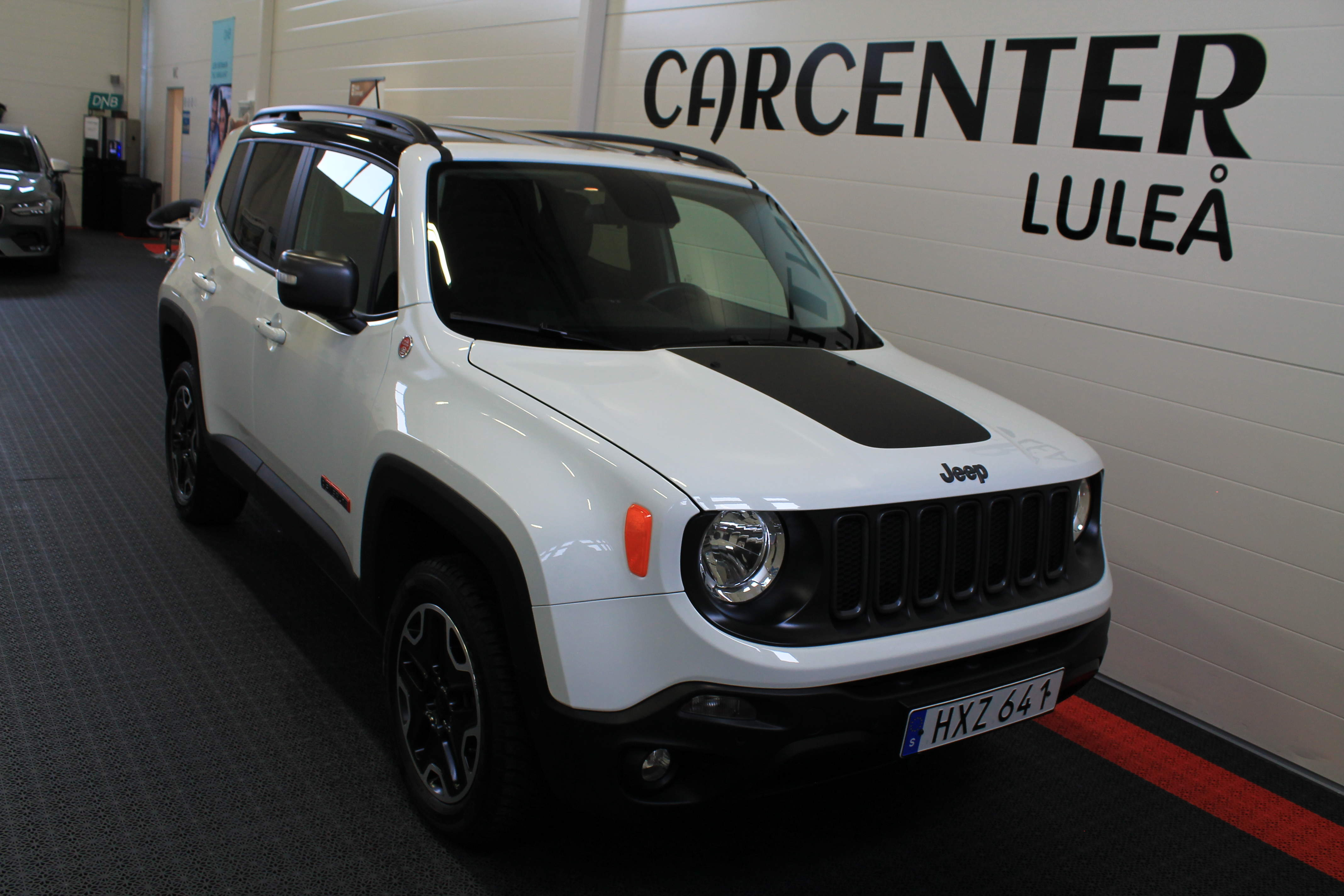 Jeep Renegade 2.0 CRD TrailHawk 4WD 2017 219900:-