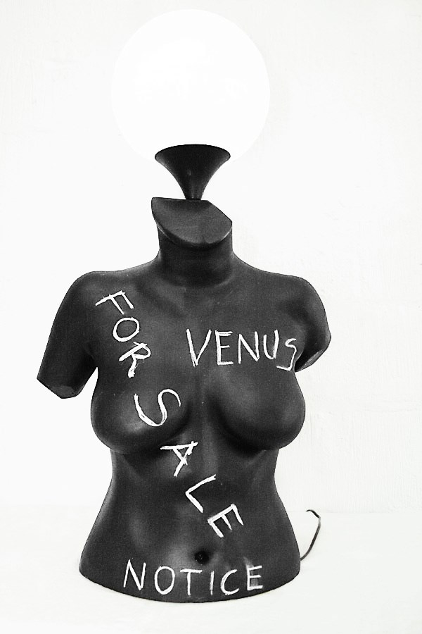 'Venus' Art Lamp