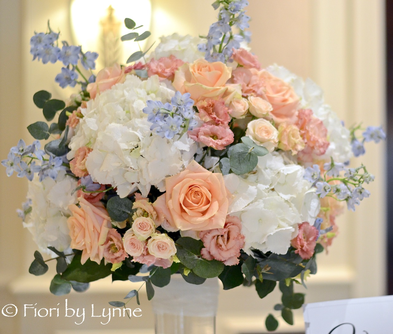 Snejinas classic peach blushblue and white wedding flowers the snejinas classic peach blushblue and white wedding flowers the four seasons hotel hook mightylinksfo