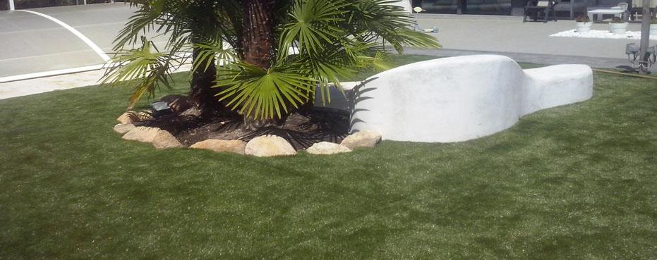 empresas instalacion césped artificial decorativo jardines