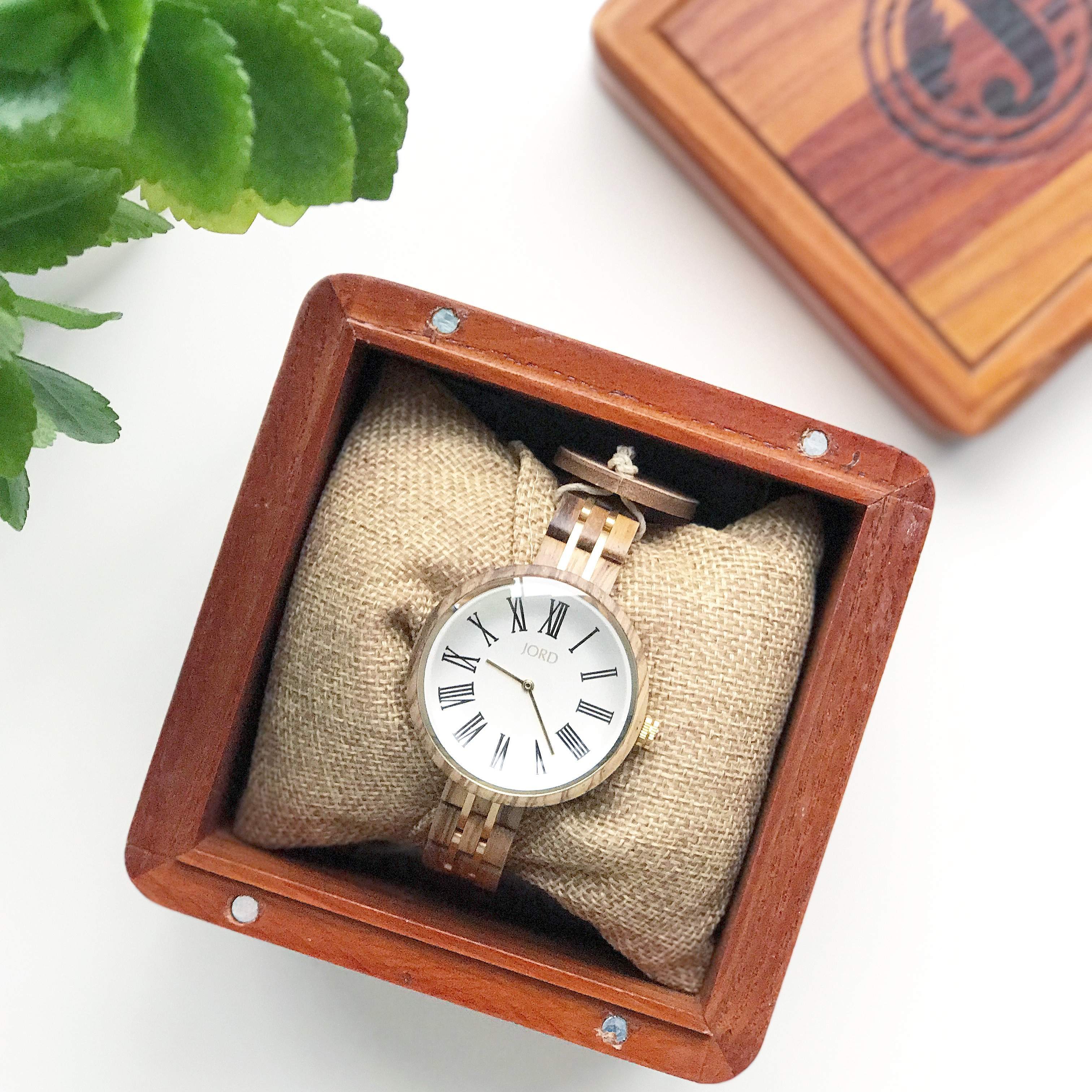A UNIQUE WOODEN WATCH FOR HIM OR HER