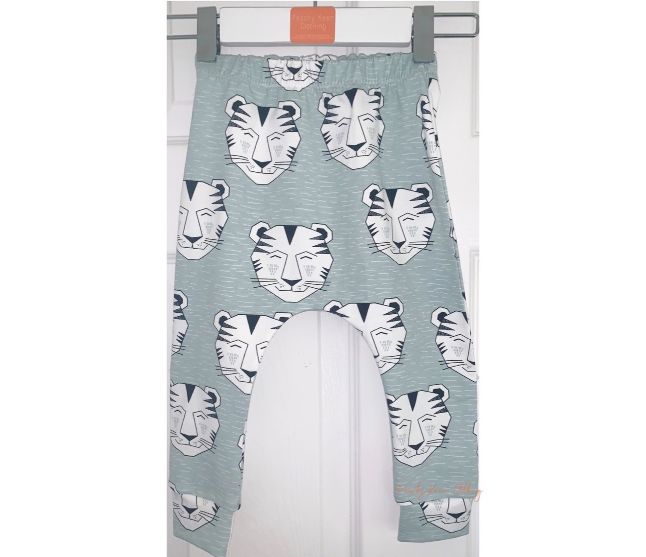Mint Tiger Leggings