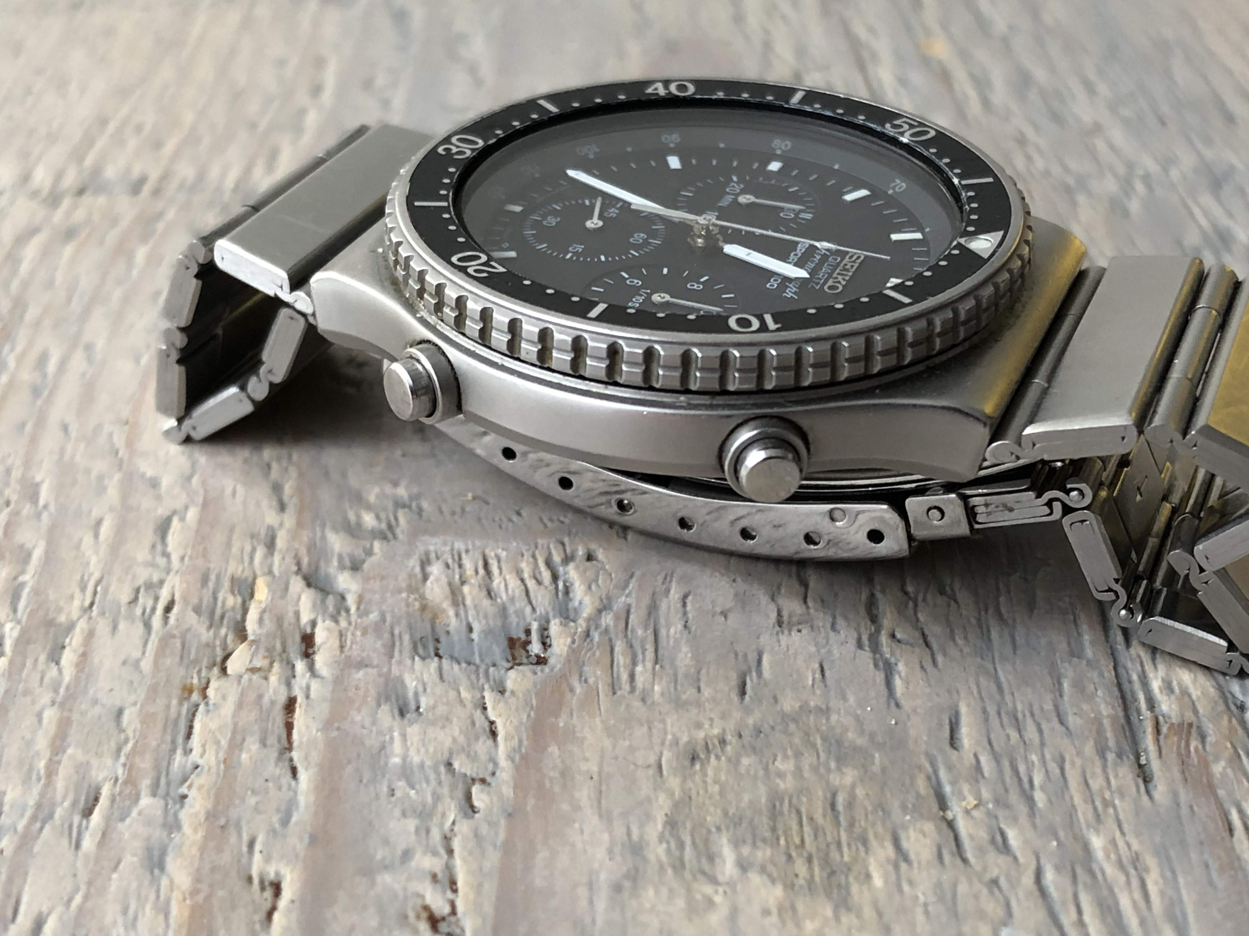 Seiko Quartz Chronograph 7A28-7049 (Sold/Consignment)