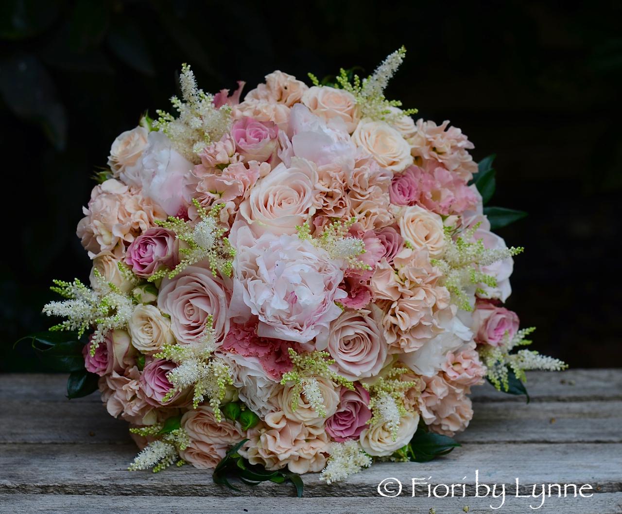 Lisas blush pink apricot and gold wedding flowers old thorns apricotpeachblush pinkbouquetpeonyrosestock mightylinksfo
