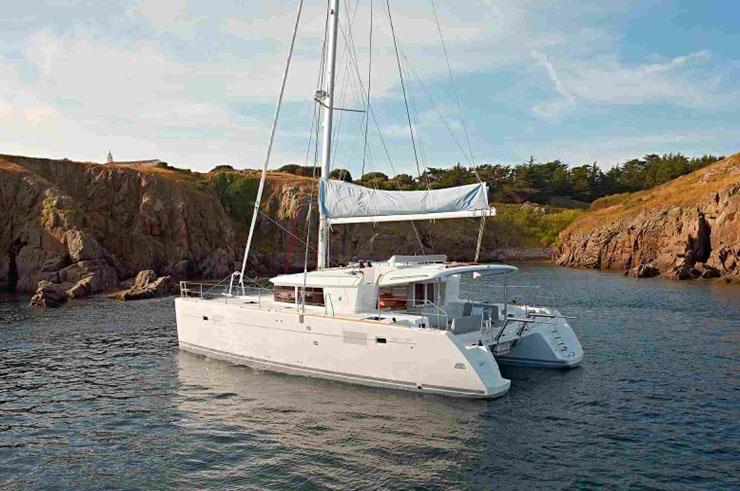 Alquiler Barcos catamaranes Baratos España