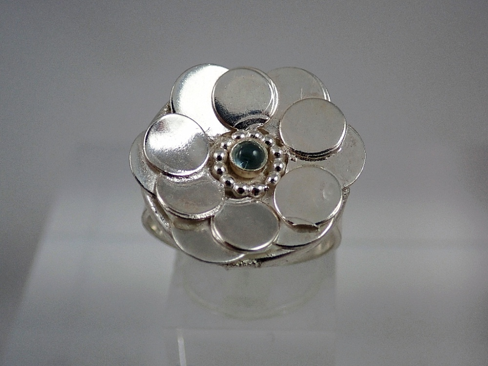 topaz cab flower ring