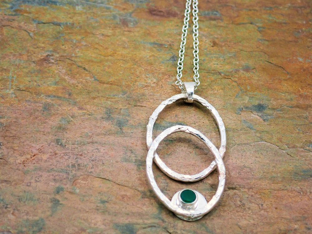 Green onyx double oval hammered pendant