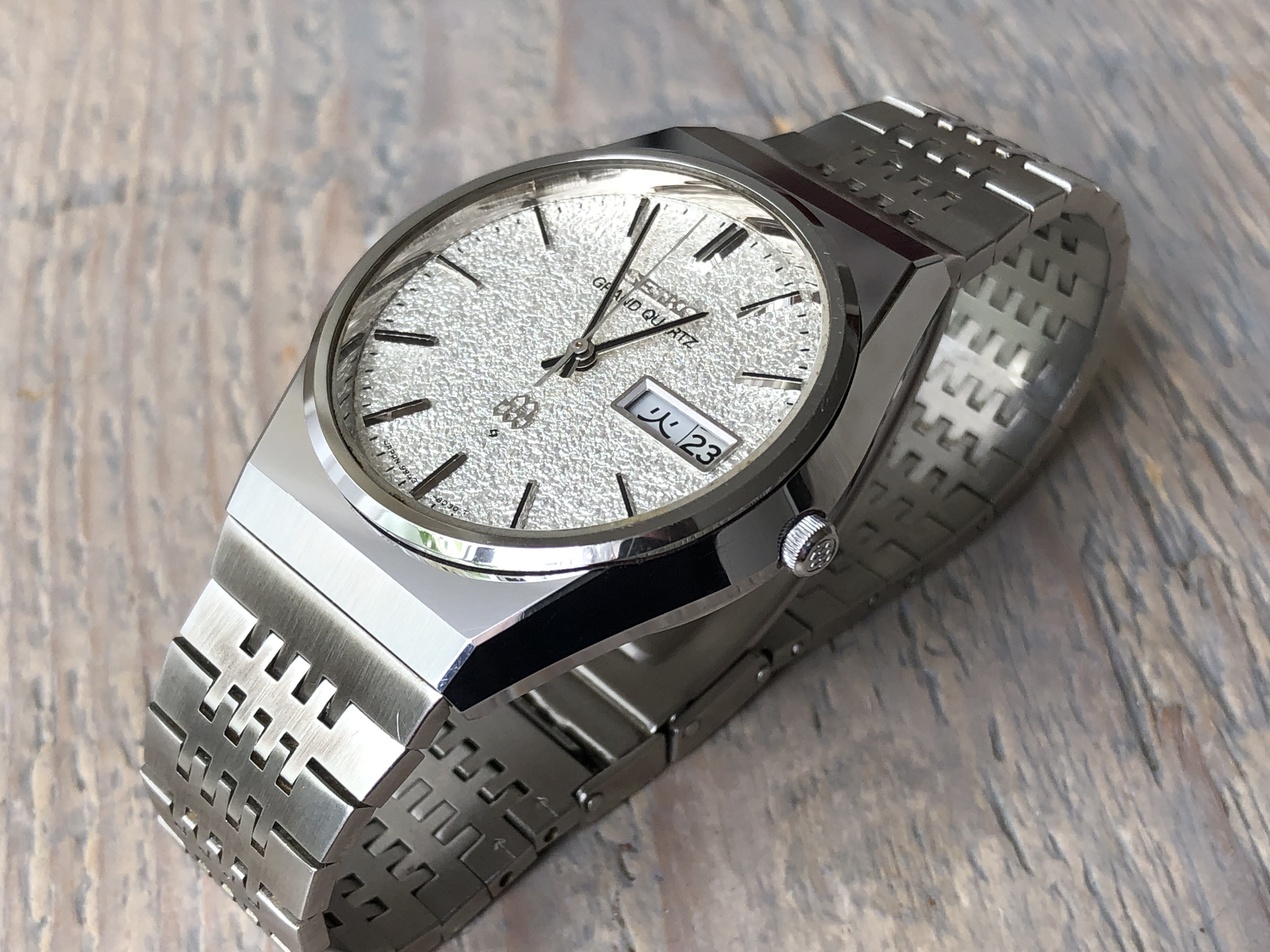 "Seiko Grand Quartz 9943-8020 ""Diamond Dust"" HSS (For sale)"