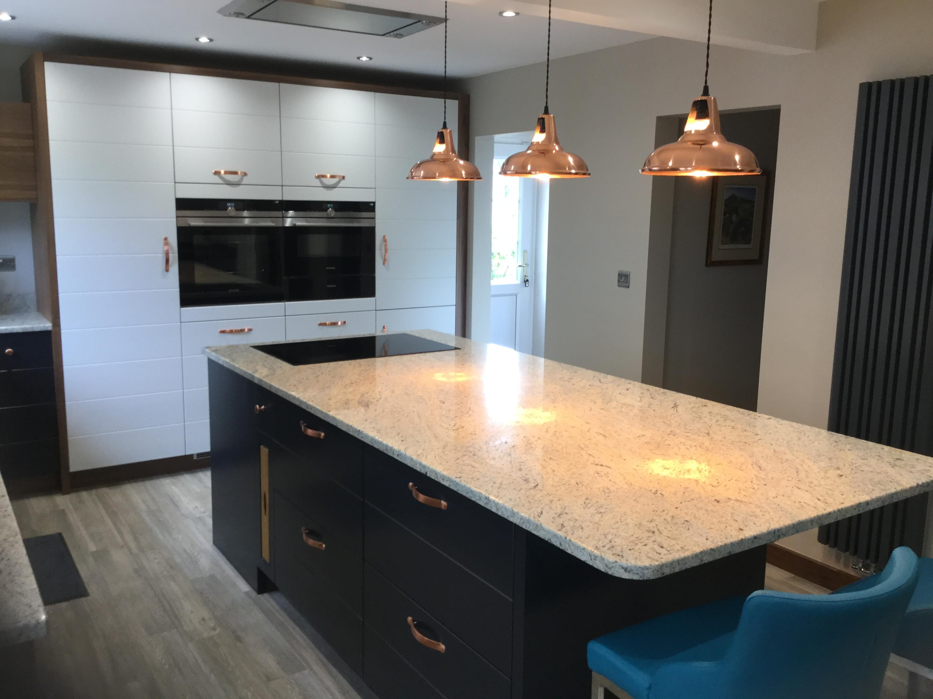 Bespoke fitted kitchen-Sutton