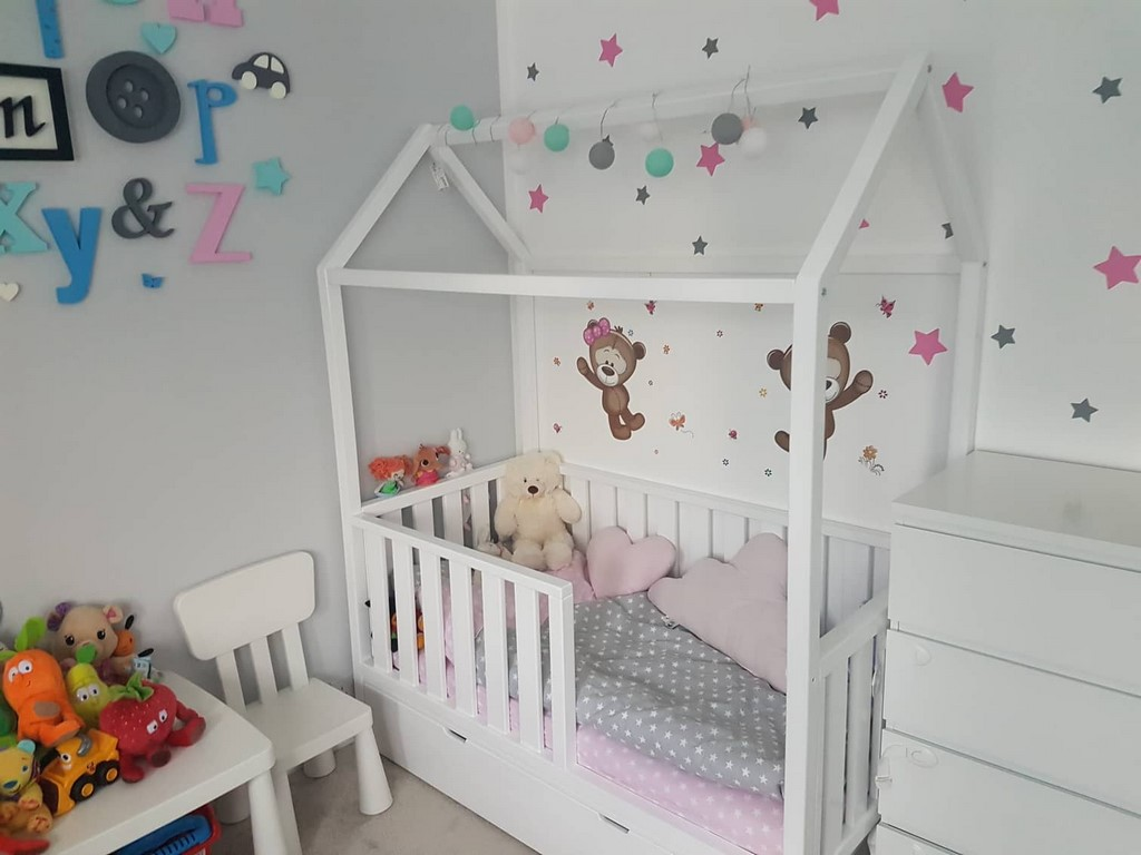 Wooden House Kids Bed