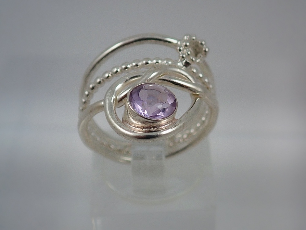 Lavender amethyst rose ring with beaded wire