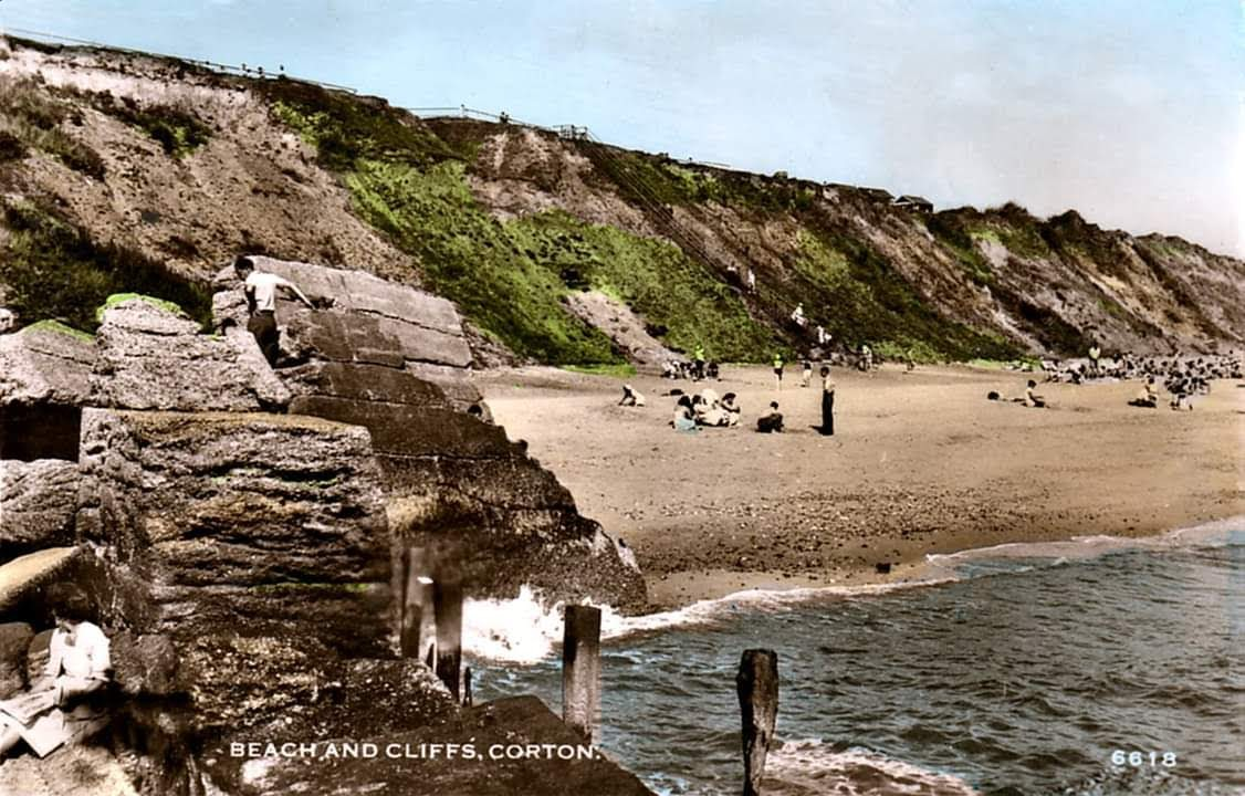 Corton Cliffs and Beach