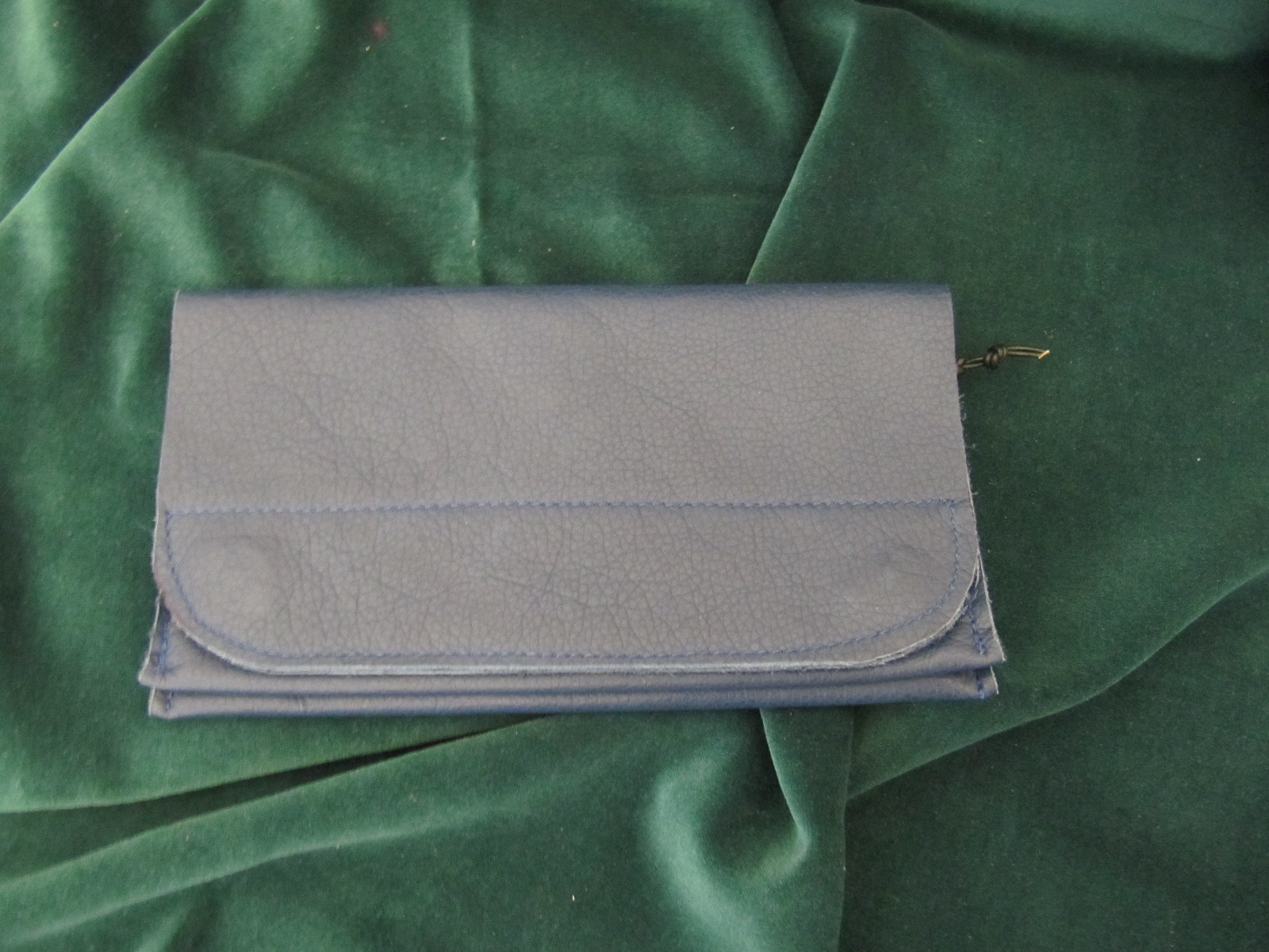 Wallet in soft navy leather