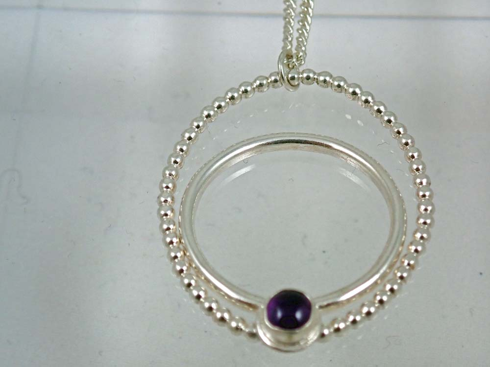 beaded and plain wire oval amethyst pendant