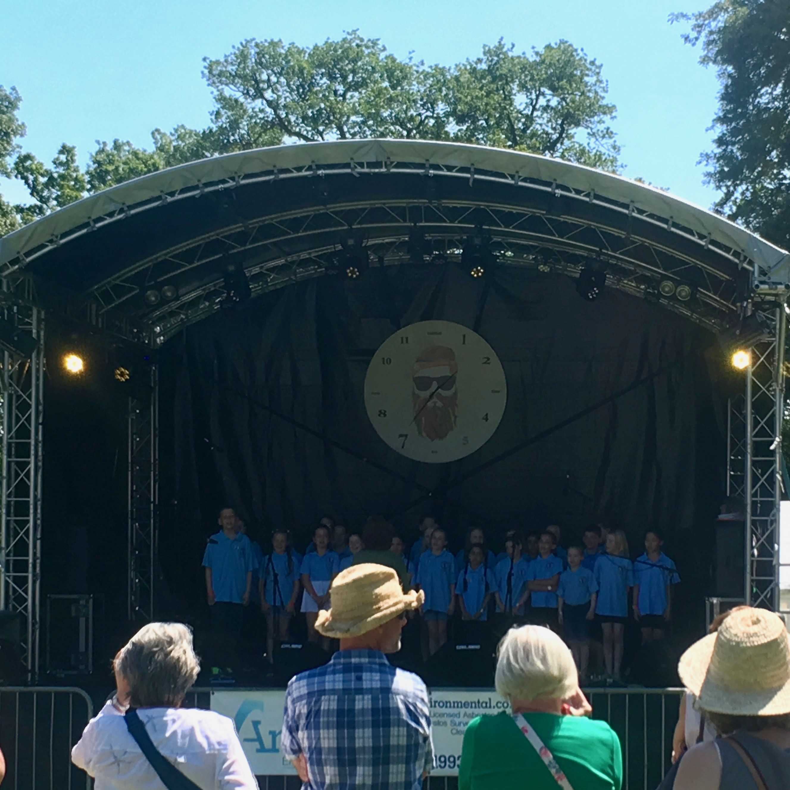West Witney School Choir (NL10)