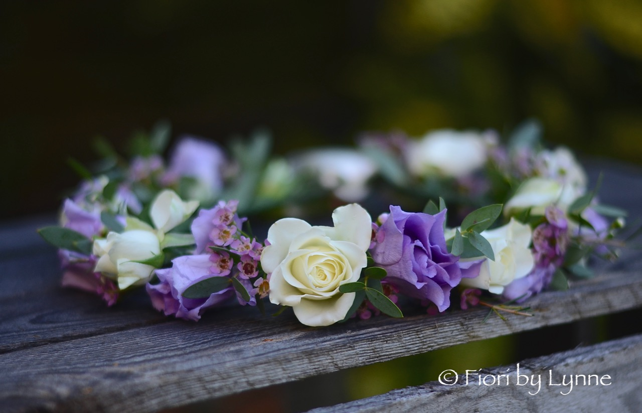 circlet-flower-girl-lilac-lisianthus,ivory-spray-rose,pink-wax-flower.jpg