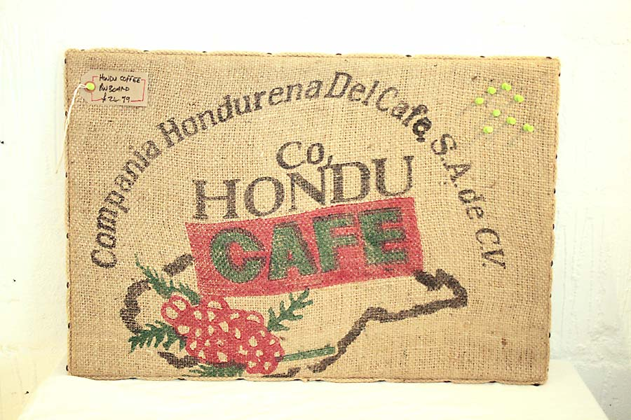 Hondu Cafe Pin Board