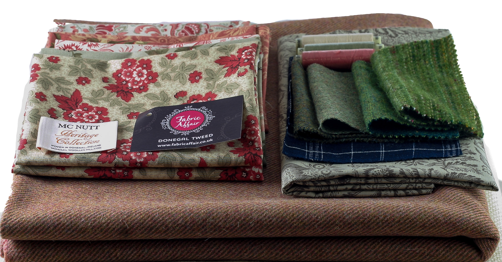 Donegal Tweed by Fabric Affair: Floral Vase Quilt Kit.