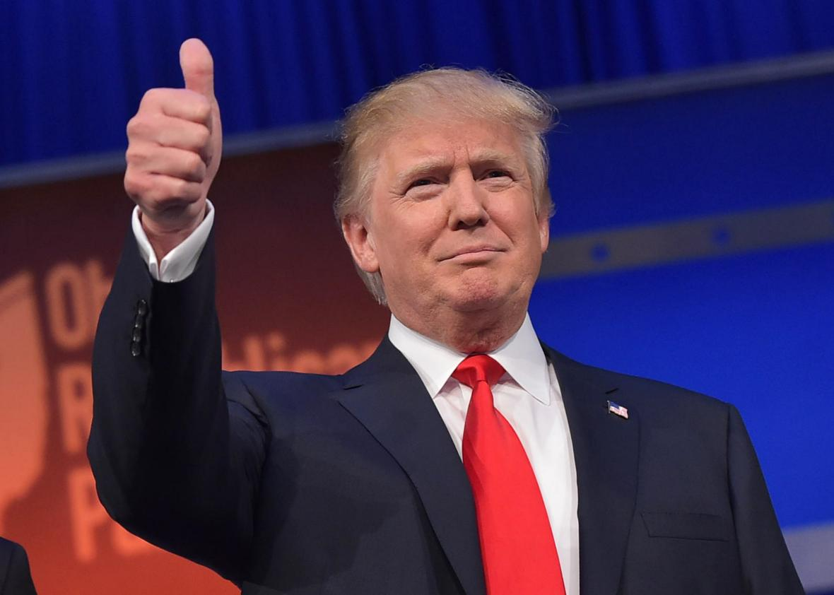 6360155002864306931045846527_483208412-real-estate-tycoon-donald-trump-flashes-the-thumbs-up.jpg.crop.promo-xlarge2.jpg