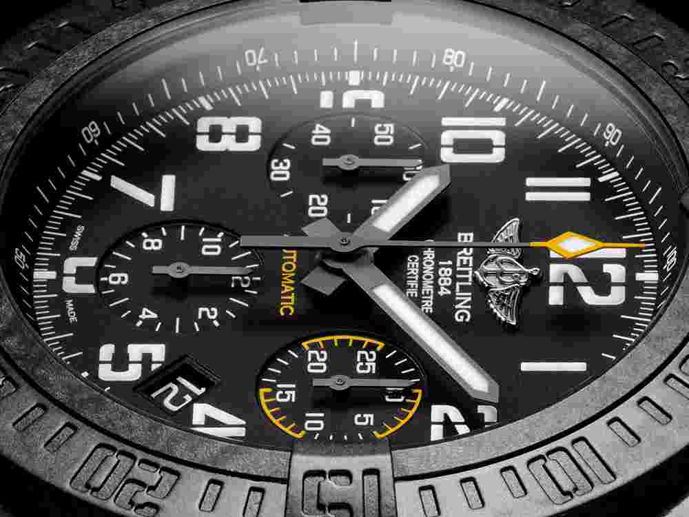New Replica Breitling Avenger Hurricane 45mm Carbon Case Review
