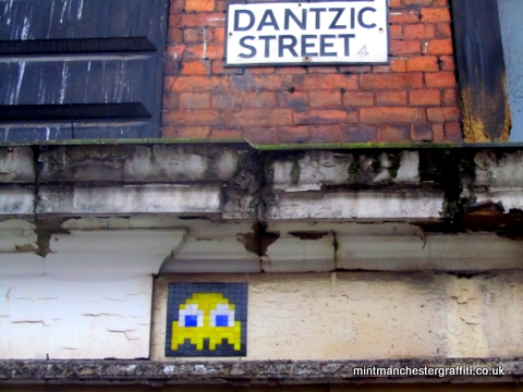 Dantzic Ghost Space Invader