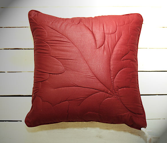 Red Leaf Cushion