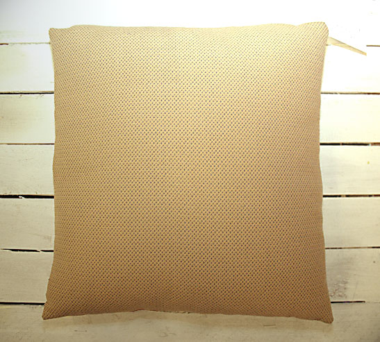 Suit Dots Cushion