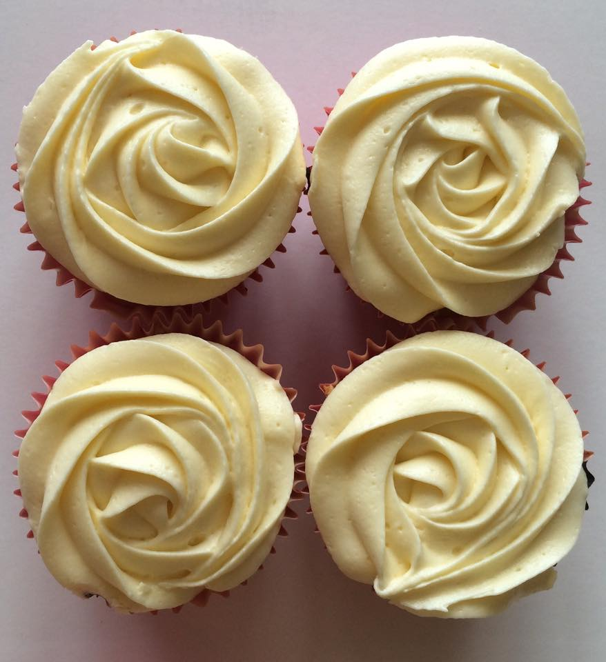 Vanilla with a Jam Centre Cupcakes