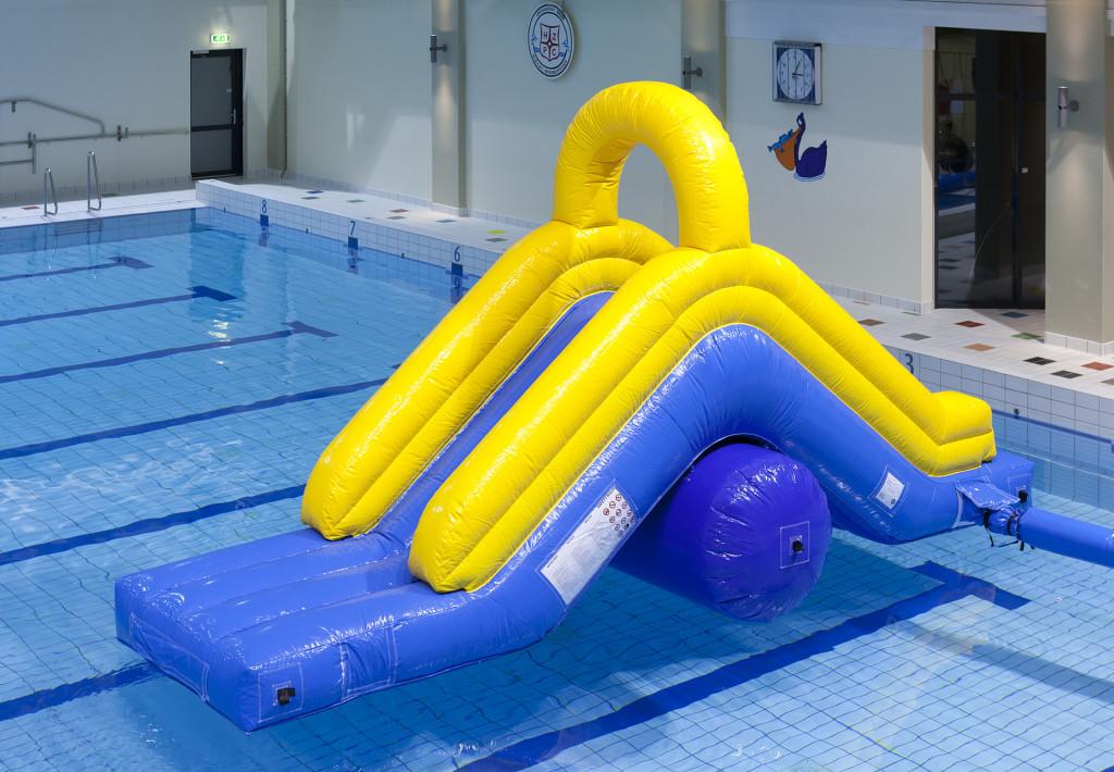 Home page for Klein opblaasbaar zwembad