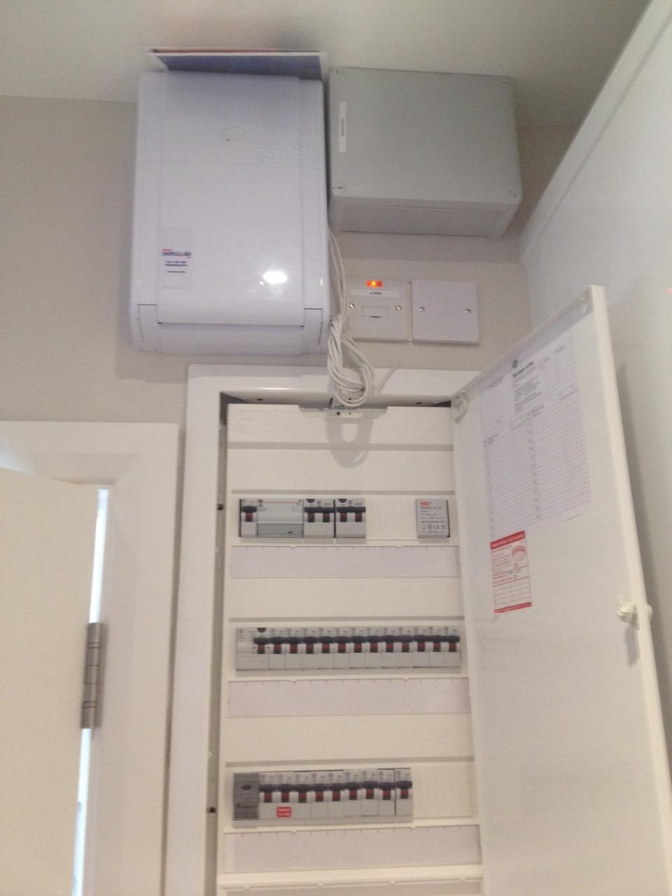 Recessed Fuse Board 3Row