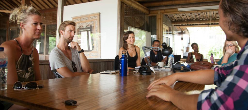Resultado de imagem para Ubud (Bali, Indonésia) coworking