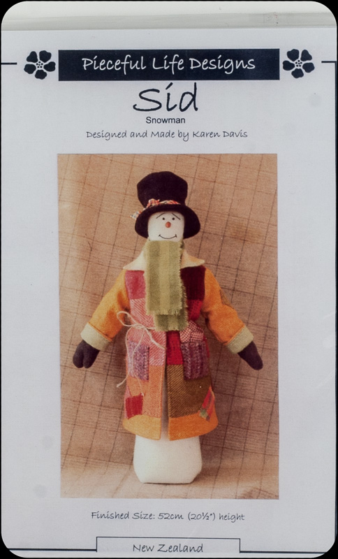 Donegal Tweed by Fabric Affair: Christmas Edition:Sid The Snowman Kit.