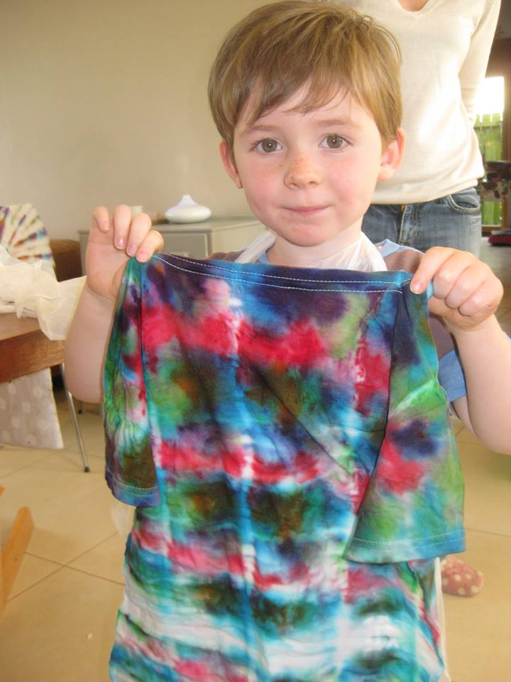 tie dye t shirt party