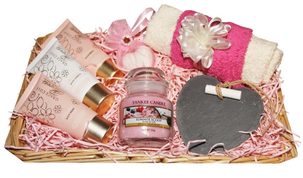 Pamper Me' Gift Basket - No 2