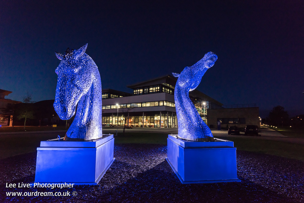 The MiniKelpies