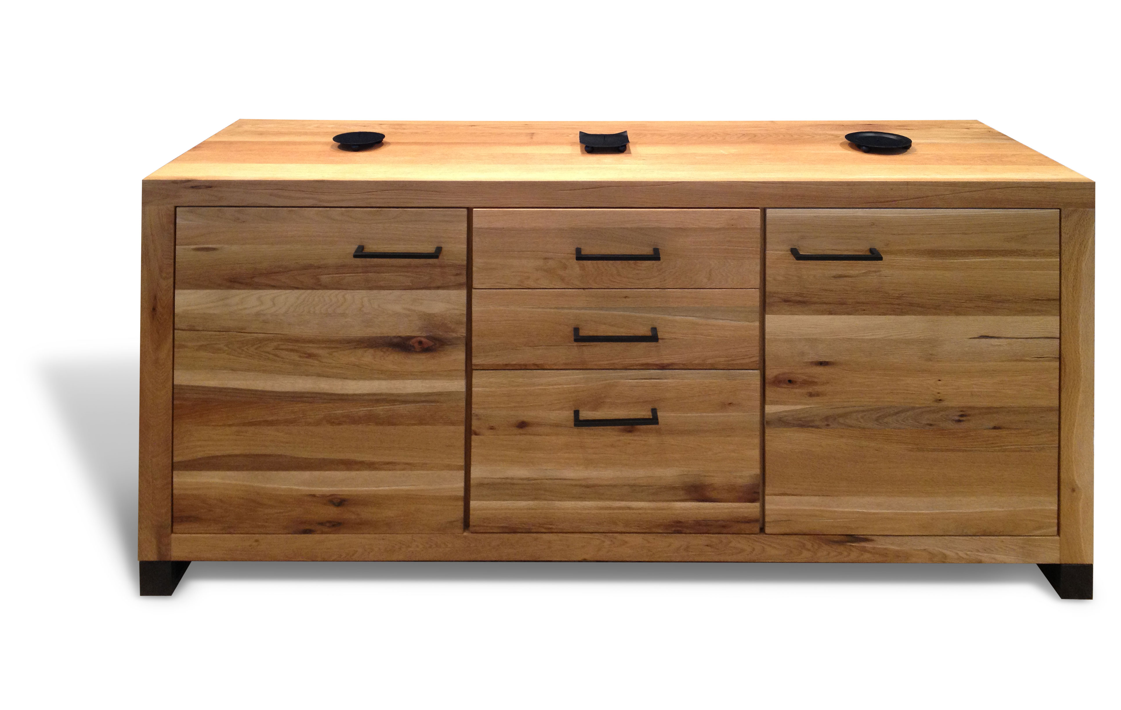 Cerris chest with 2 doors and  3 drawers