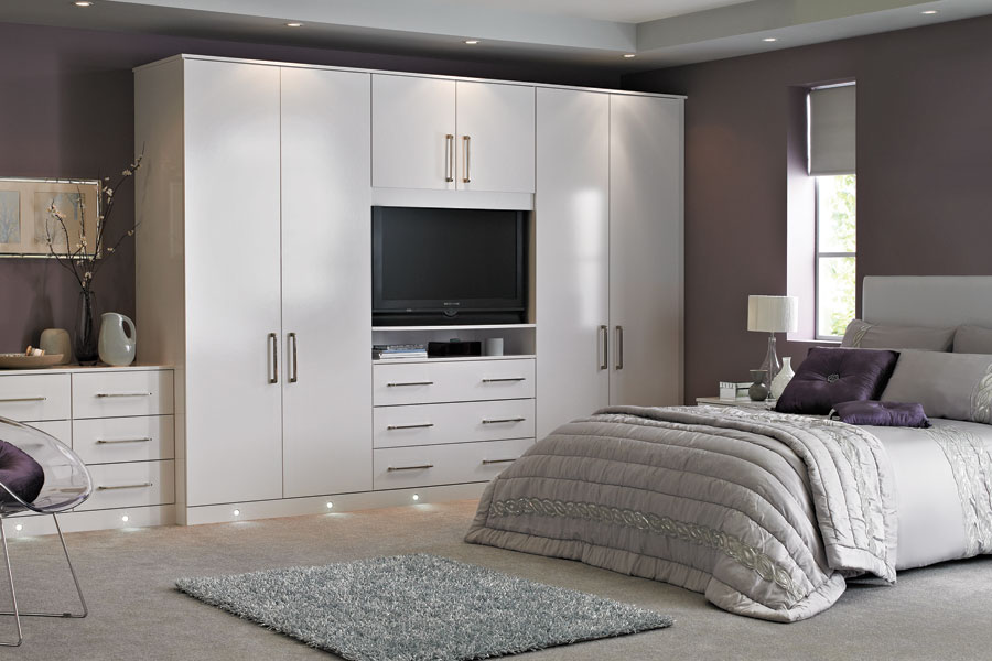 Casia-White-Fitted-Bedroom