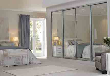 Sliding-wardrobes-mirrors-with-arch