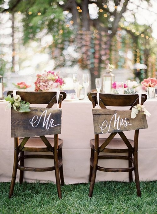 rustic-wedding-chair-signsjpg