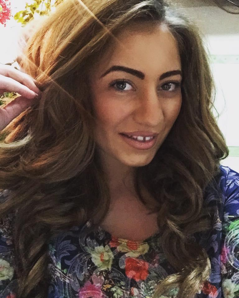 Iasmina Marta - Viața prin cântec, un interviu superb cu cea mai promițătoare solistă tânără din Arad