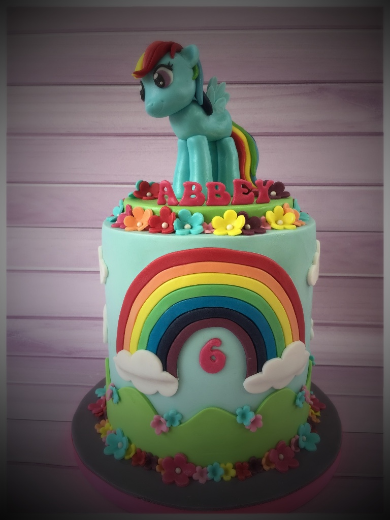 Rainbow Dash My Little Pony Cake
