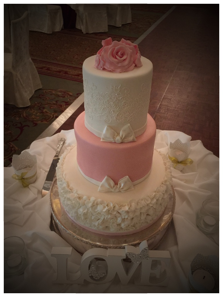 Wedding Cake, pink and white, white ruffle tier