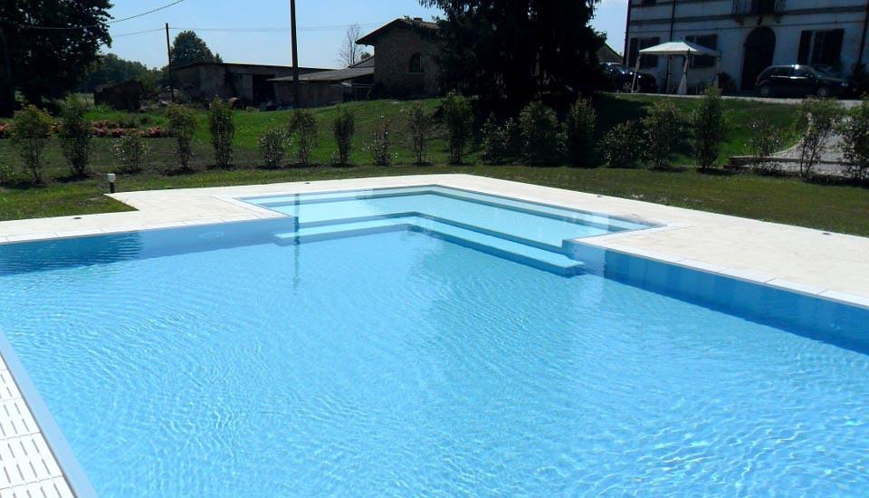 Zavatti piscine costruzione piscina interrata a sfioro - Costruzione piscina interrata ...