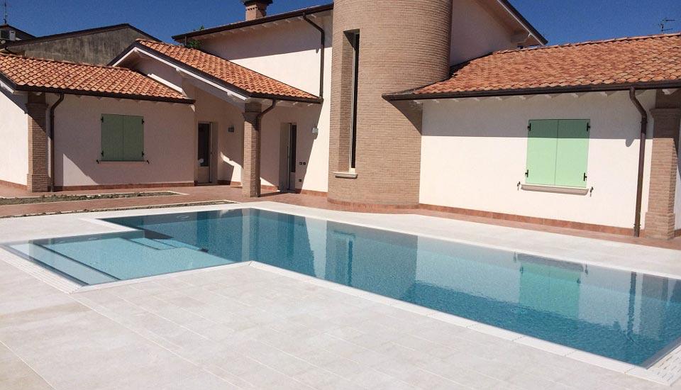 Zavatti piscine costruzione piscina interrata a sfioro - Piscina g conti verona ...