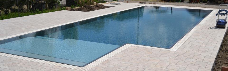 Ristrutturazione piscina a skimmer in cemento o vetroresina for Skimmer piscine design