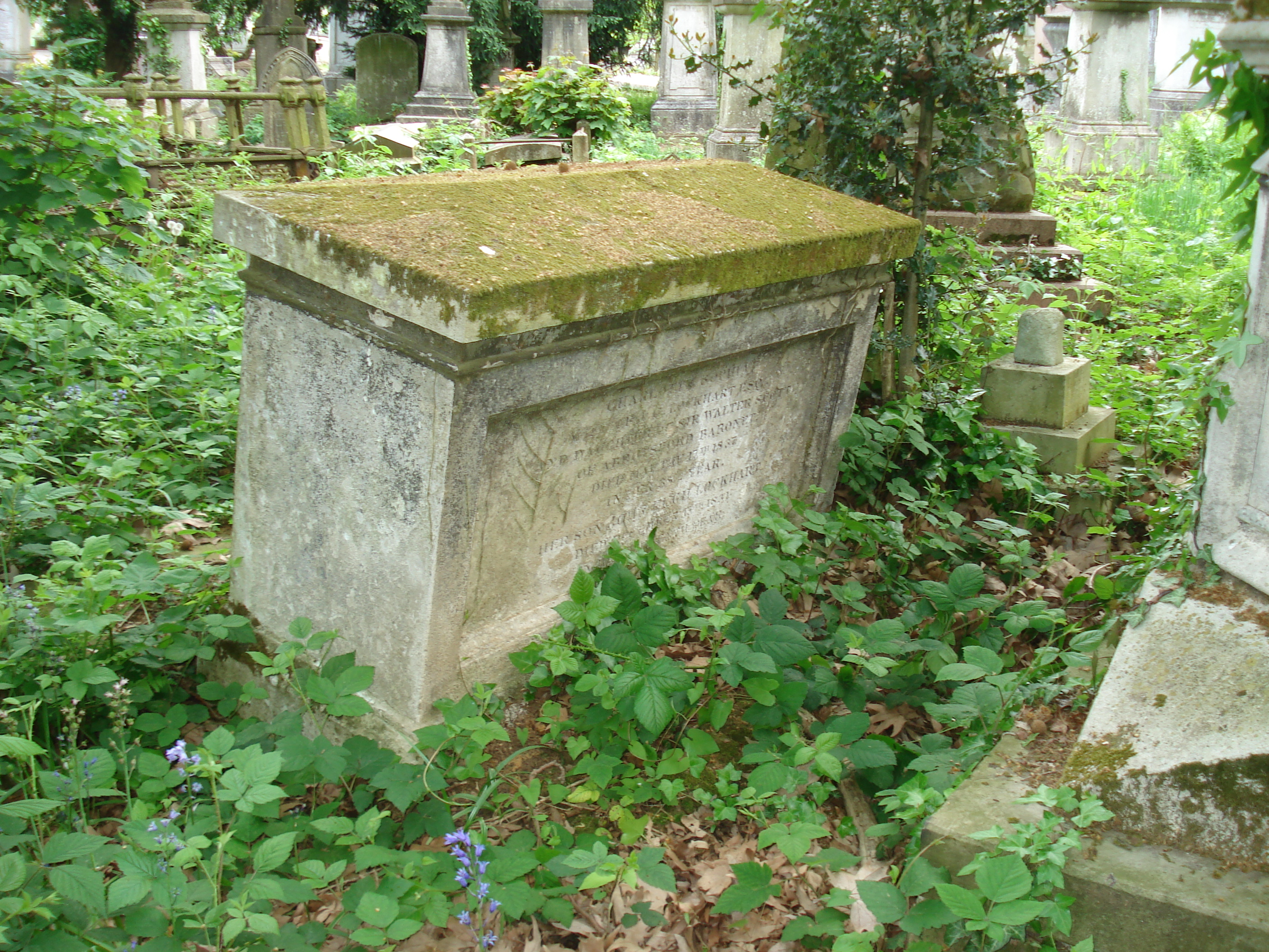6. Lockhart-Scott tomb, Kensal Green..JPG