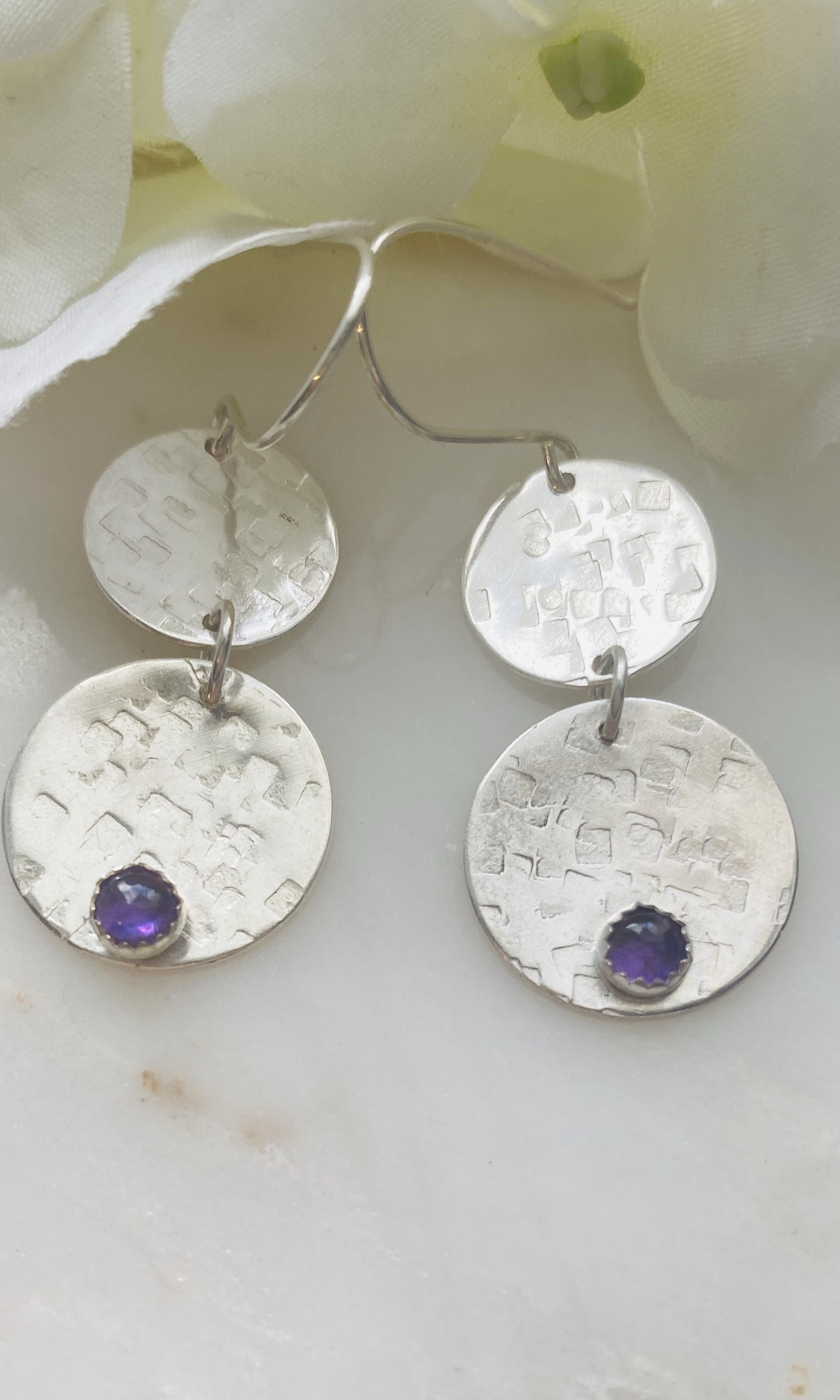 Amethyst cabochon hammered earrings