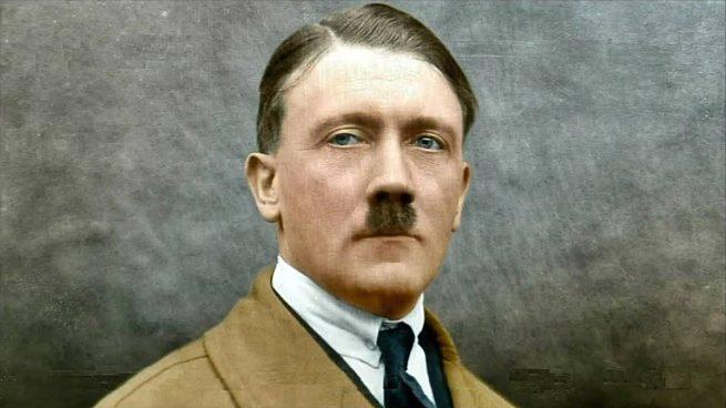 Hitler Guarro y Mujeriego
