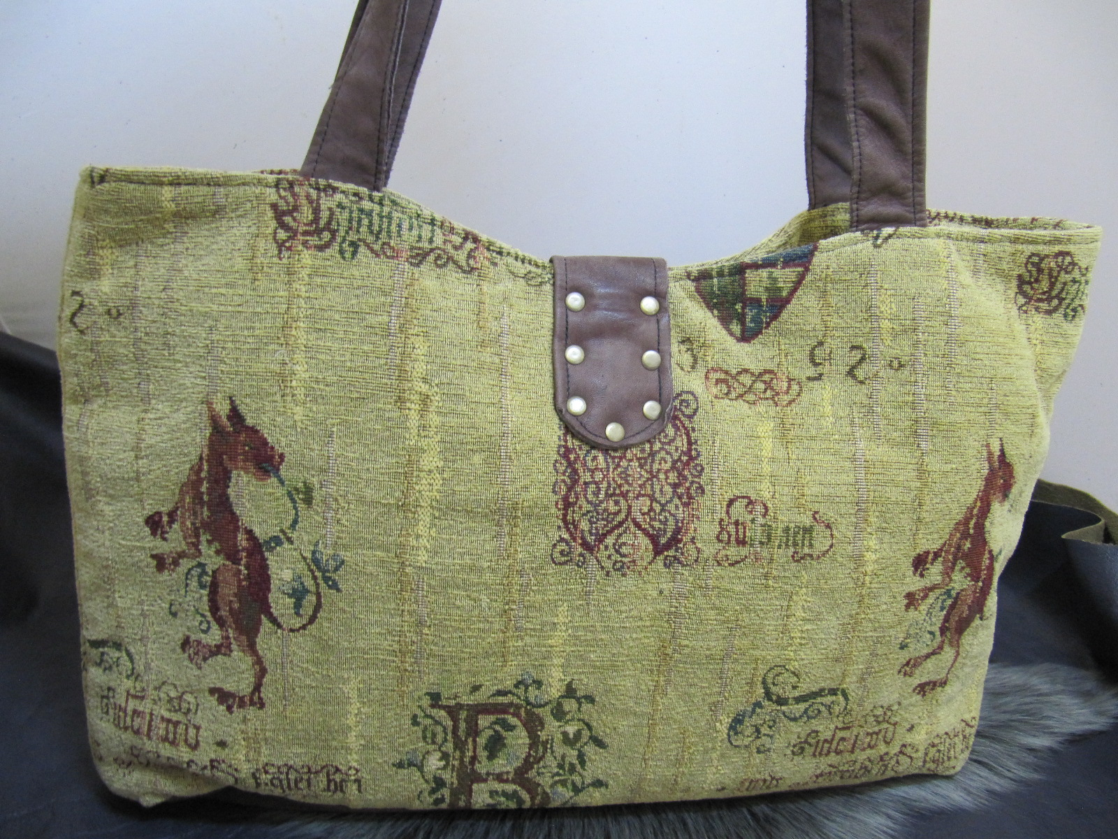 Medieval fabric and leather shopper