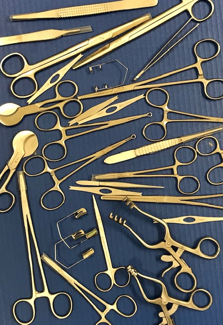 Surgical instruments.jpg